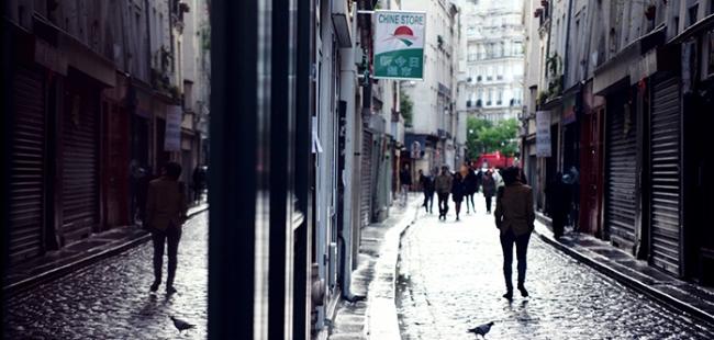 프랑스 올 로케이션 촬영 마친 전수일 감독의 <파리의 한국 남자>, 후반 작업 중